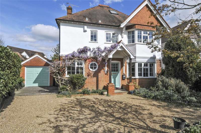 4 Bedrooms Detached House for sale in Station Road, Thames Ditton, Surrey, KT7
