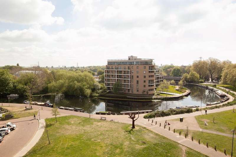1 Bedroom Apartment Flat for sale in Harry Zeital Way, London