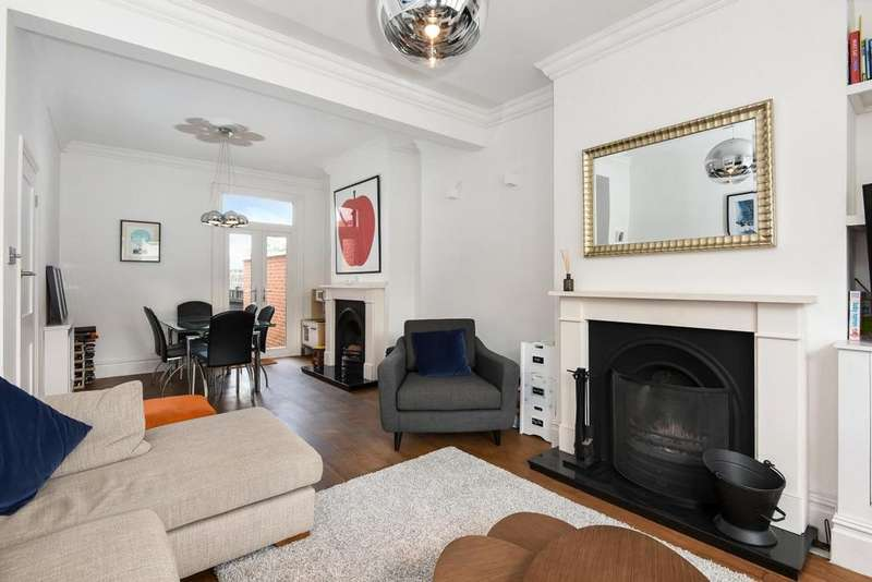 3 Bedrooms Terraced House for sale in Shanklin Road, Crouch End, N8