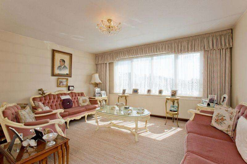2 Bedrooms Apartment Flat for sale in Bridge Lane, Temple Fortune, NW11