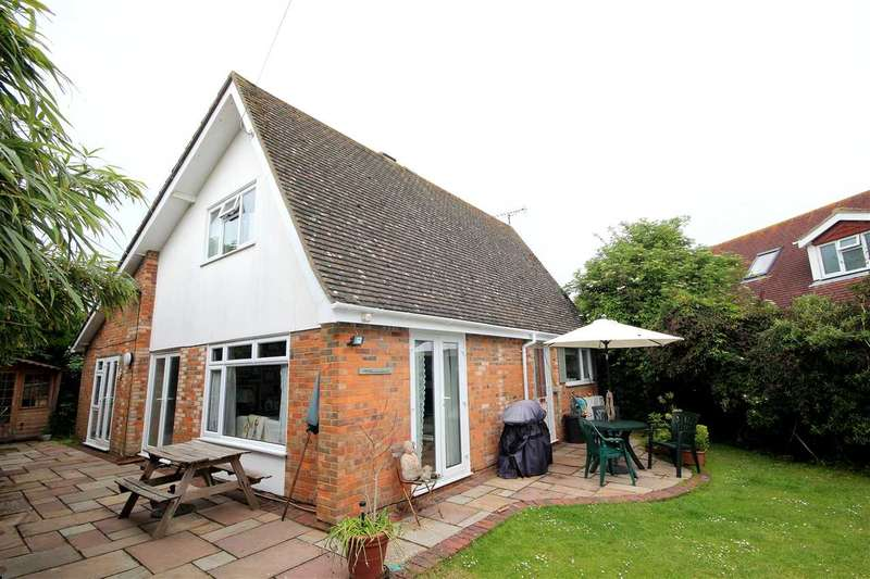 5 Bedrooms Detached House for sale in Ferring Close, Ferring