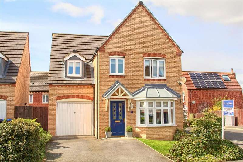 4 Bedrooms Detached House for sale in Harvington Chase, Coulby Newham