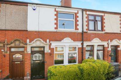 2 Bedrooms Terraced House for sale in Cross Street, Old Quarter, Stourbridge, West Midlands