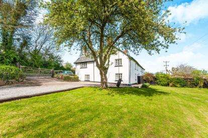 3 Bedrooms Semi Detached House for sale in Bradninch, Exeter, Devon