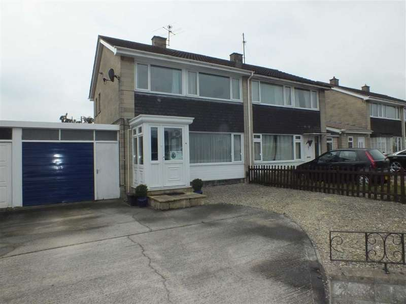3 Bedrooms Property for sale in Broughton Road, Trowbridge, Wiltshire, BA14
