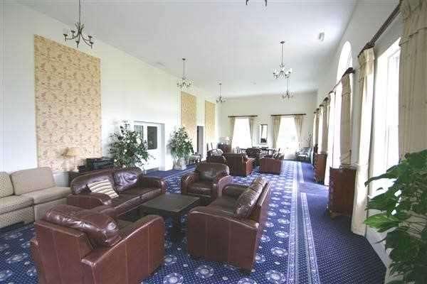 2 Bedrooms Maisonette Flat for sale in Abberton Grange, Layer Road, Abberton, Colchester