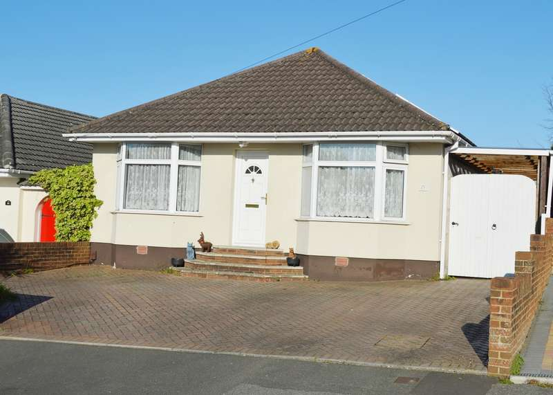 3 Bedrooms Detached Bungalow for sale in Parkstone