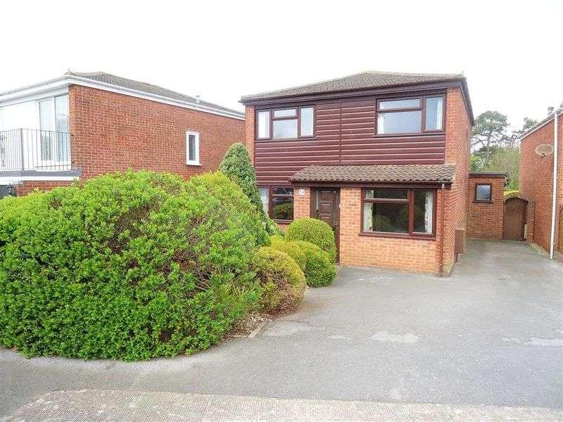 3 Bedrooms Detached House for sale in Brockley Crescent, Weston-Super-Mare