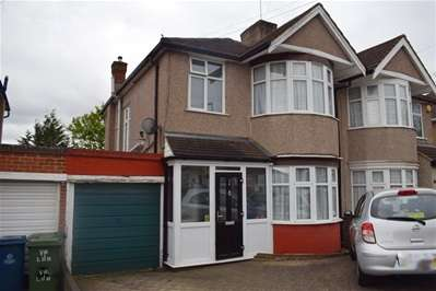 3 Bedrooms Semi Detached House for sale in Weighton Road, Harrow Weald