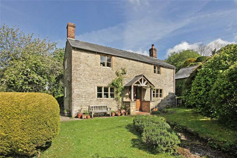 3 Bedrooms Detached House for sale in Duntisbourne Abbots, Cirencester, Gloucestershire, GL7