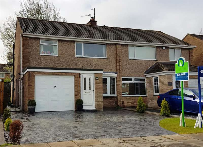 3 Bedrooms Semi Detached House for sale in Hesleden Avenue, Acklam, Middlesbrough, TS5 8RS