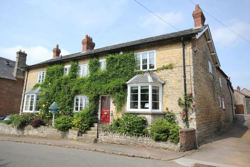 5 Bedrooms Farm House Character Property for sale in High Street, Waltham On The Wolds