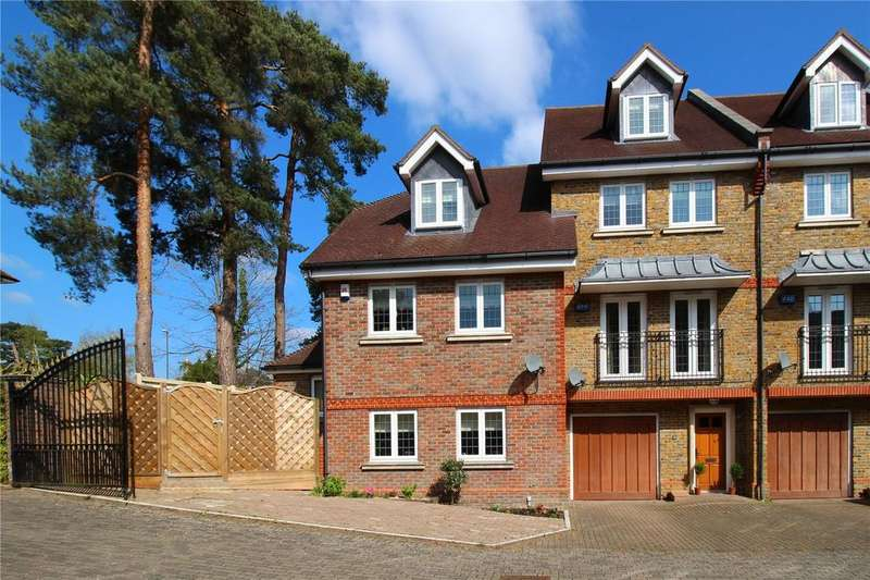 3 Bedrooms Mews House for sale in Aspen Court, Fairfield Road, East Grinstead, West Sussex