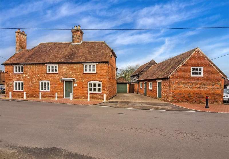 5 Bedrooms Detached House for sale in Old Basing, Old Basing, Basingstoke, Hampshire, RG24