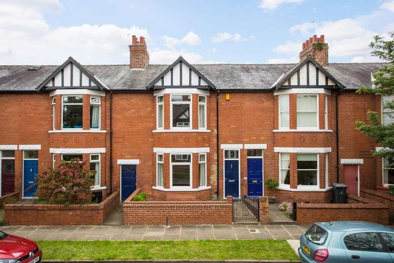 3 Bedrooms Town House for sale in Chestnut Avenue, York, YO31