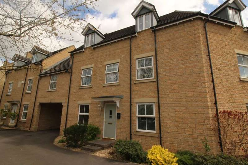 4 Bedrooms Property for sale in Nightingale Way, Calne, SN11