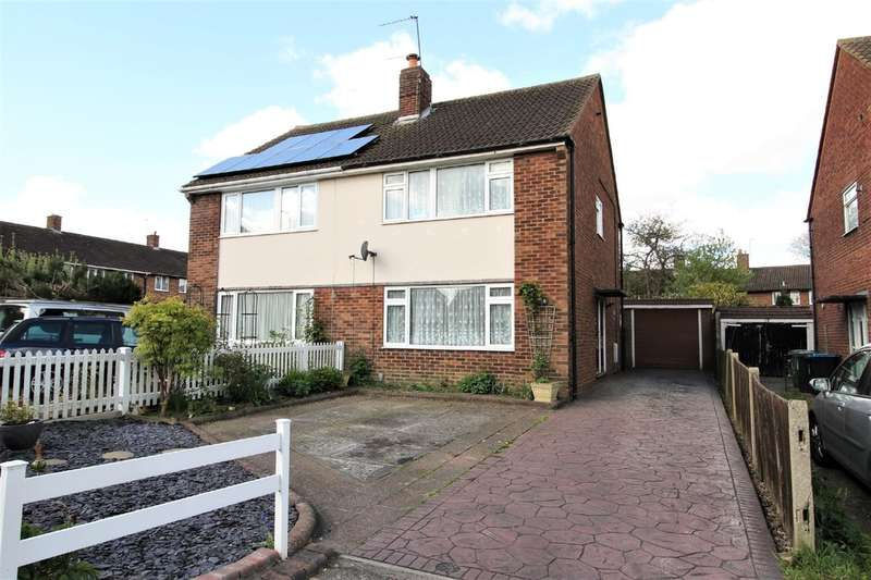 3 Bedrooms Semi Detached House for sale in Adeyfield, Hemel Hempstead