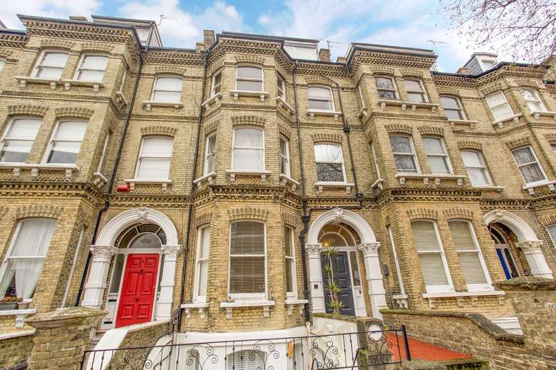 2 Bedrooms Flat for sale in Cromwell Road, Hove