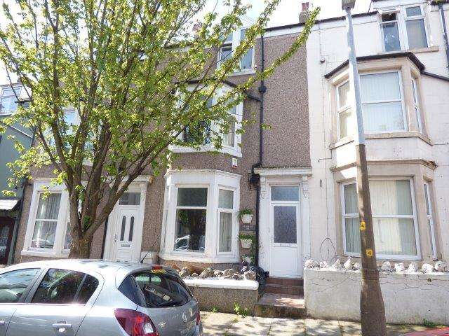 5 Bedrooms Terraced House for sale in Oxford Street, Morecambe, LA4 5JF
