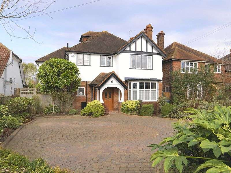 5 Bedrooms Detached House for sale in Embercourt Road, Thames Ditton, KT7