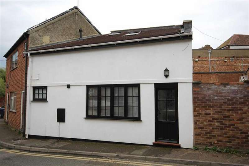 1 Bedroom End Of Terrace House for sale in Tolsey Lane, Town Centre, Tewkesbury, Gloucestershire