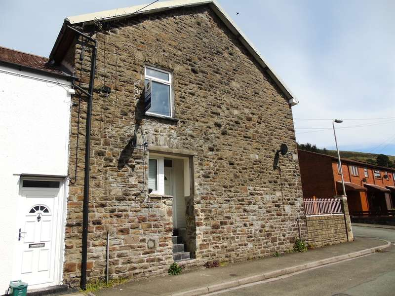 3 Bedrooms Terraced House for sale in Tyntyla Terrace, Ystrad, Pentre