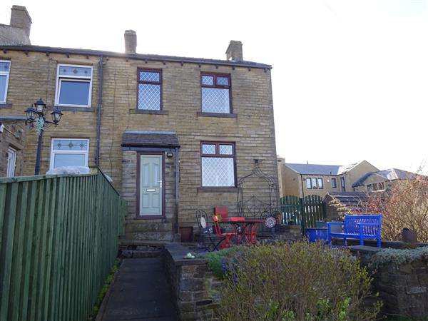 3 Bedrooms End Of Terrace House for sale in Wessenden Head Road, Meltham, Holmfirth