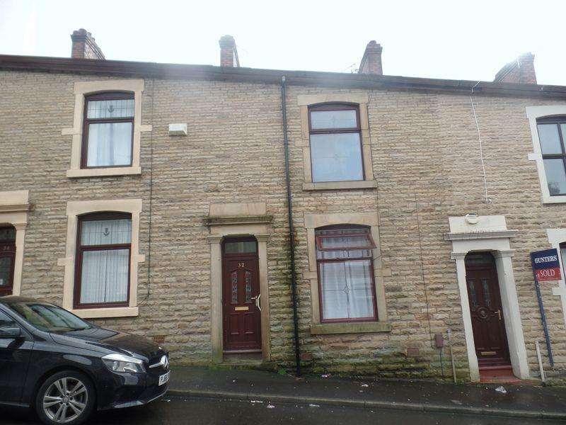 2 Bedrooms Flat for sale in Preston Street, Darwen