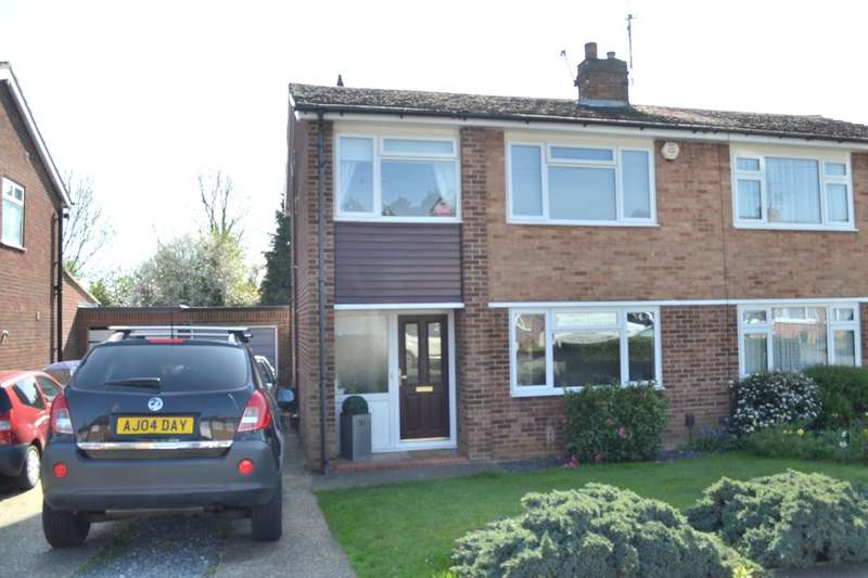 3 Bedrooms Semi Detached House for sale in Kilby Close, Garston, Watford