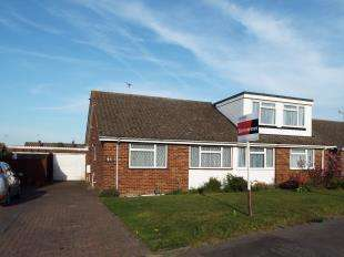 2 Bedrooms Bungalow for sale in Ash Crescent, Higham, Rochester, Kent