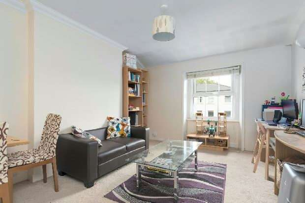 1 Bedroom Flat for sale in Priory Terrace, West Hampstead, NW6