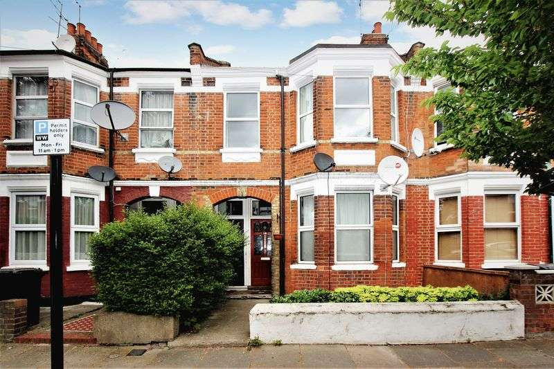 2 Bedrooms Flat for sale in Lyndhurst Road, Wood Green