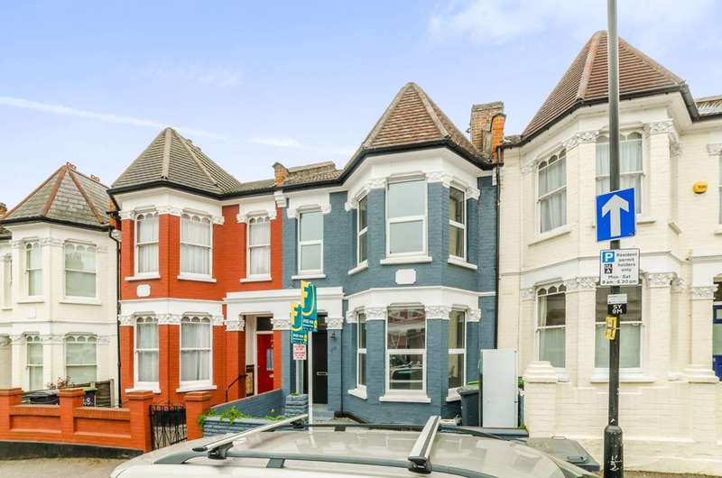 2 Bedrooms Flat for sale in Seymour Road, Harringay, N8