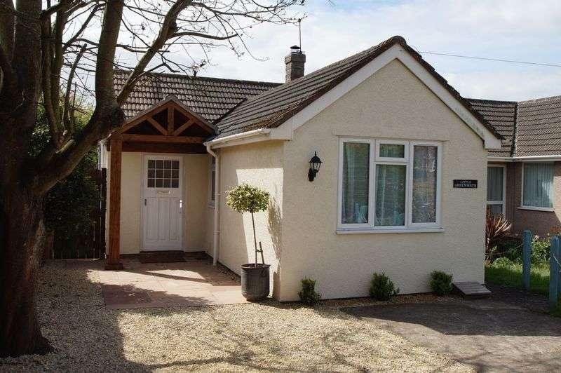 2 Bedrooms Semi Detached Bungalow for sale in BLEADON VILLAGE