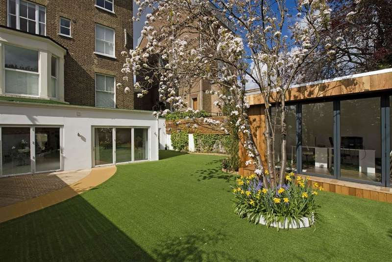 4 Bedrooms Property for sale in College Crescent, London, NW3
