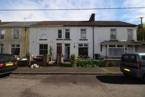 3 Bedrooms Terraced House for sale in Gored Terrace, Neath, Neath Port Talbot, SA11 4BE