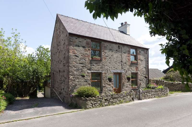 3 Bedrooms Detached House for sale in lon fain, Llanfairpwllgwyngyll, Anglesey, LL61
