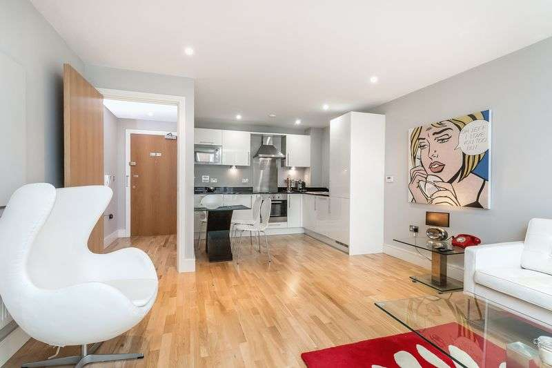 1 Bedroom Flat for sale in Lanterns Way, London
