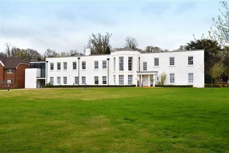 2 Bedrooms Flat for sale in West Common Road, Hayes, Kent