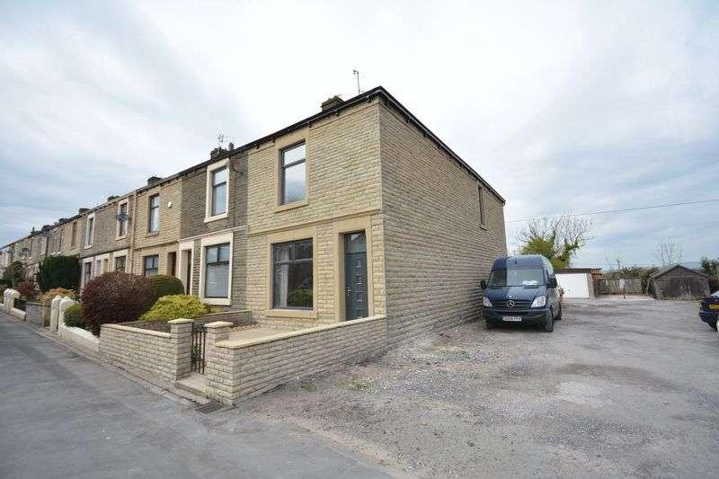 3 Bedrooms Terraced House for sale in Blackburn Road, Oswaldtwistle