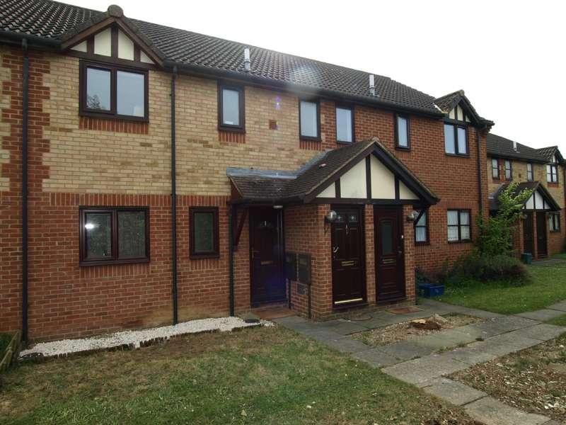 1 Bedroom Maisonette Flat for sale in Pennycress Way, Newport Pagnell, Buckinghamshire