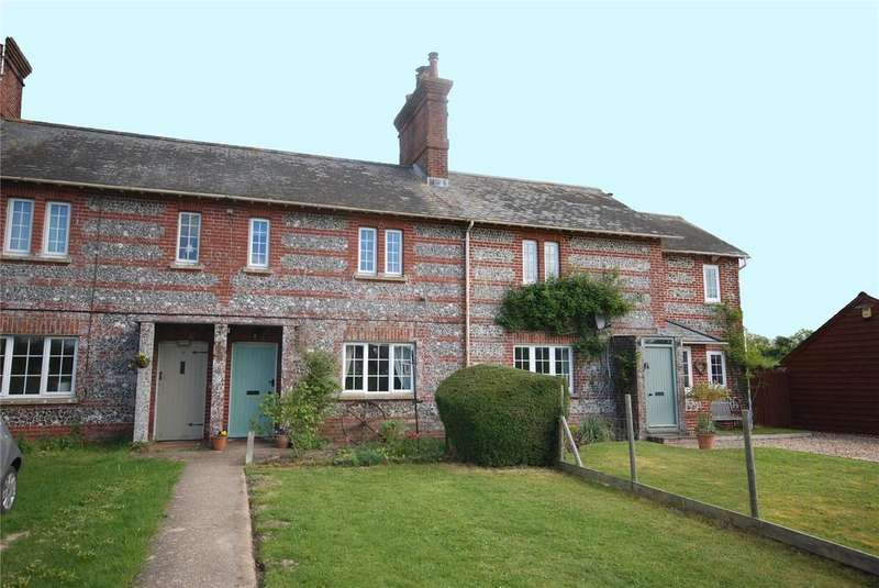3 Bedrooms Terraced House for sale in Manor Farm Cottages, Bishopstone, Salisbury, Wiltshire, SP5