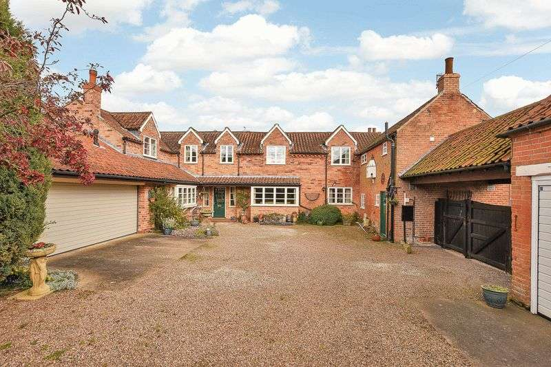 5 Bedrooms Detached House for sale in Main Street, East Bridgford