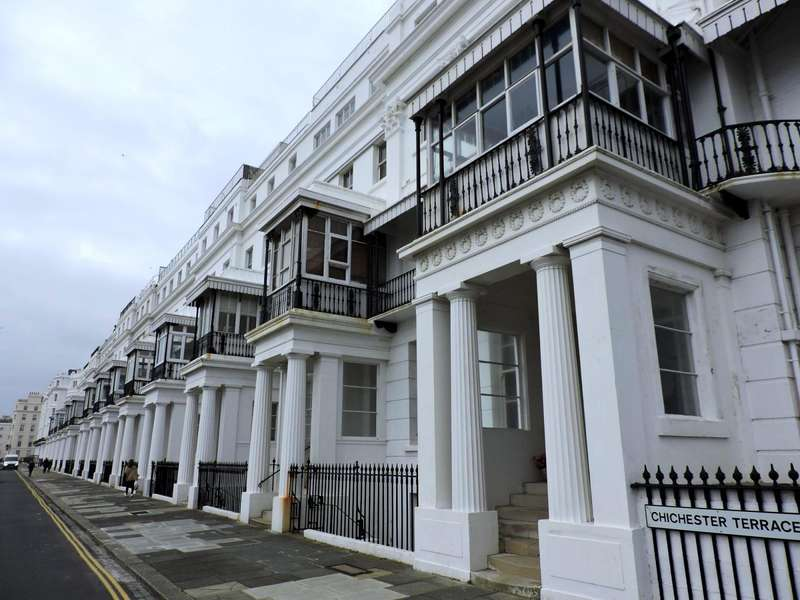 2 Bedrooms Flat for rent in Chichester Terrace, Brighton