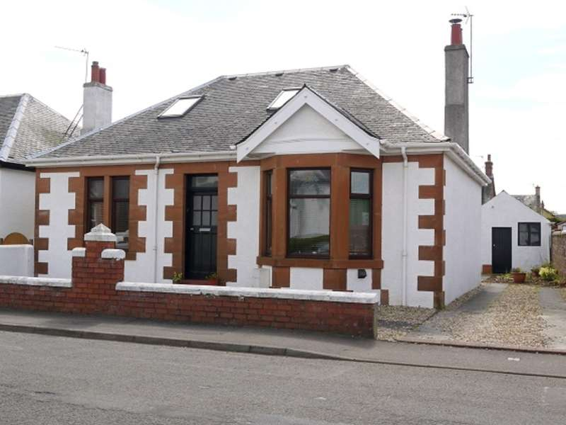 4 Bedrooms Detached Bungalow for sale in Briarhill Road, Prestwick, KA9
