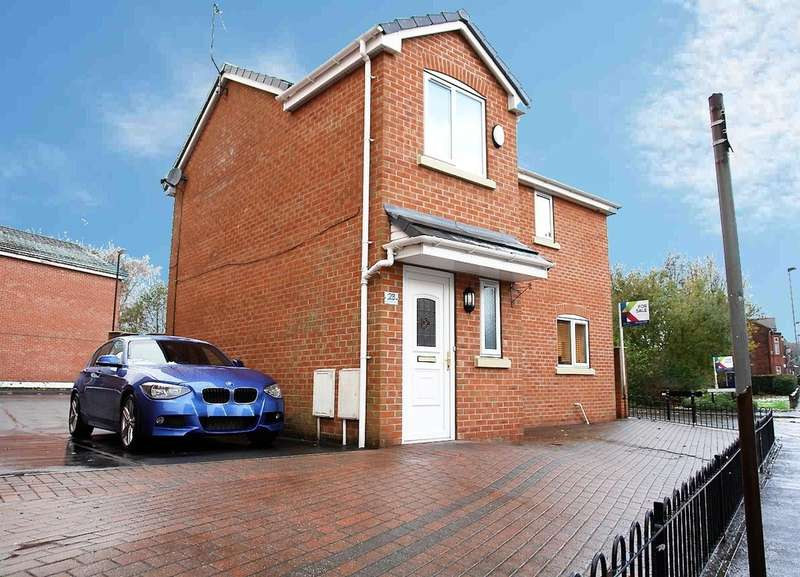 3 Bedrooms Detached House for sale in 23 Westridge Chase, Royton