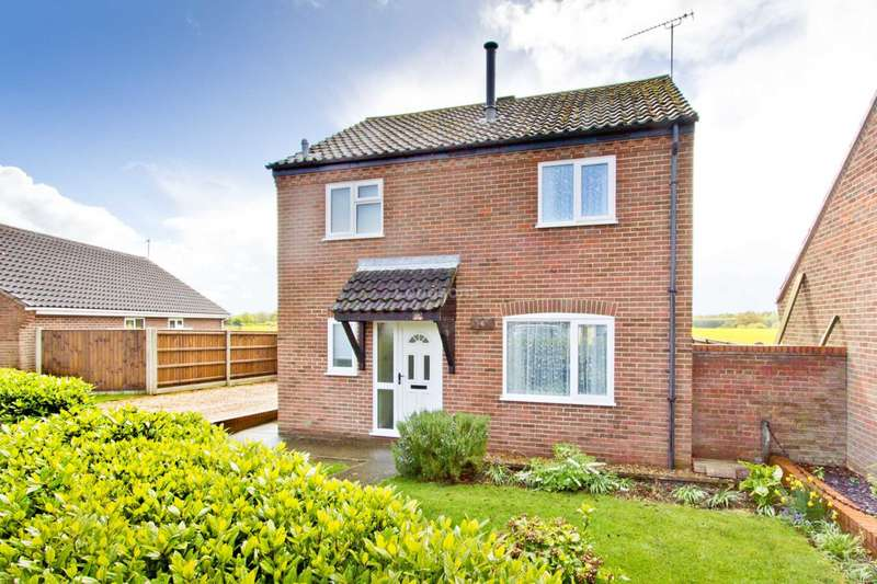 3 Bedrooms Detached House for sale in Ranworth Close, Swaffham
