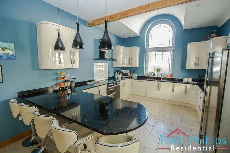 3 Bedrooms Cottage House for sale in Beach Road, Winterton