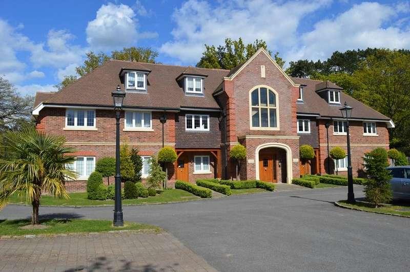 2 Bedrooms Ground Flat for sale in Heron Mansions, Chestnut Avene, Wokingham, Berkshire, RG41 3BF