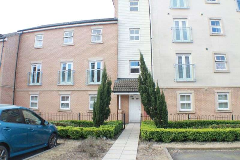 2 Bedrooms Flat for sale in Whites Way, Hedge End, Southampton